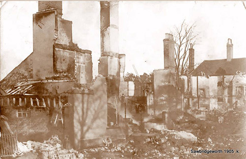 1905 fire at house on London Road - 25 left homeless