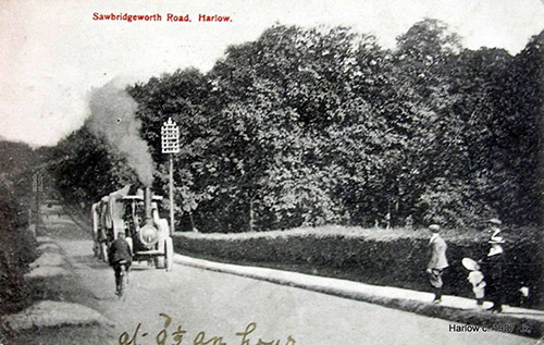 1907 steam engine on London Road