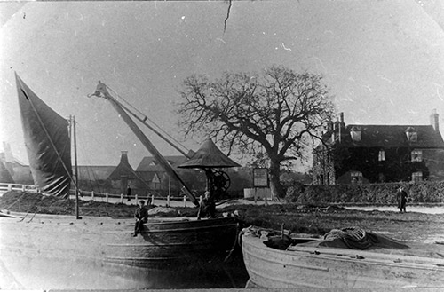 1910 Barges on Stort - timing taken from HALS