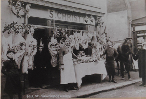 1913 or so No.5 Bell Street Christy the Butcher - pic from Edna Richardson